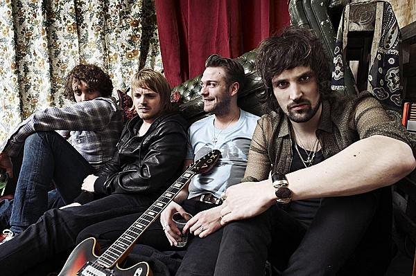 NME Cover Shoot Outubro 09