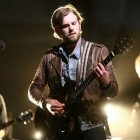 kingsofleon_1785041b