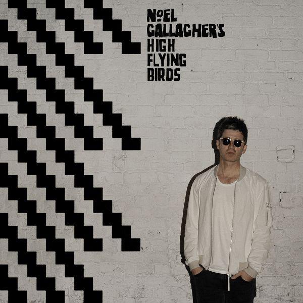 "Noel Gallagher: ouça e adquira o novo disco ""Chasing Yesterday"""